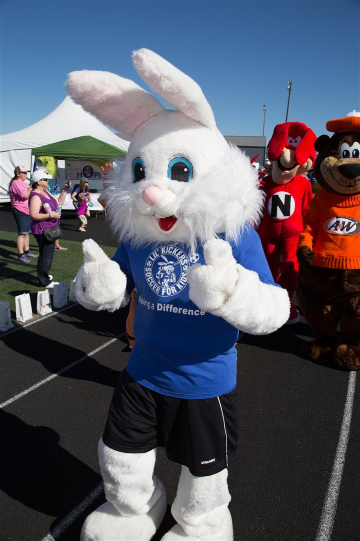 Eugene – Springfield Relay For Life 2012 (01)