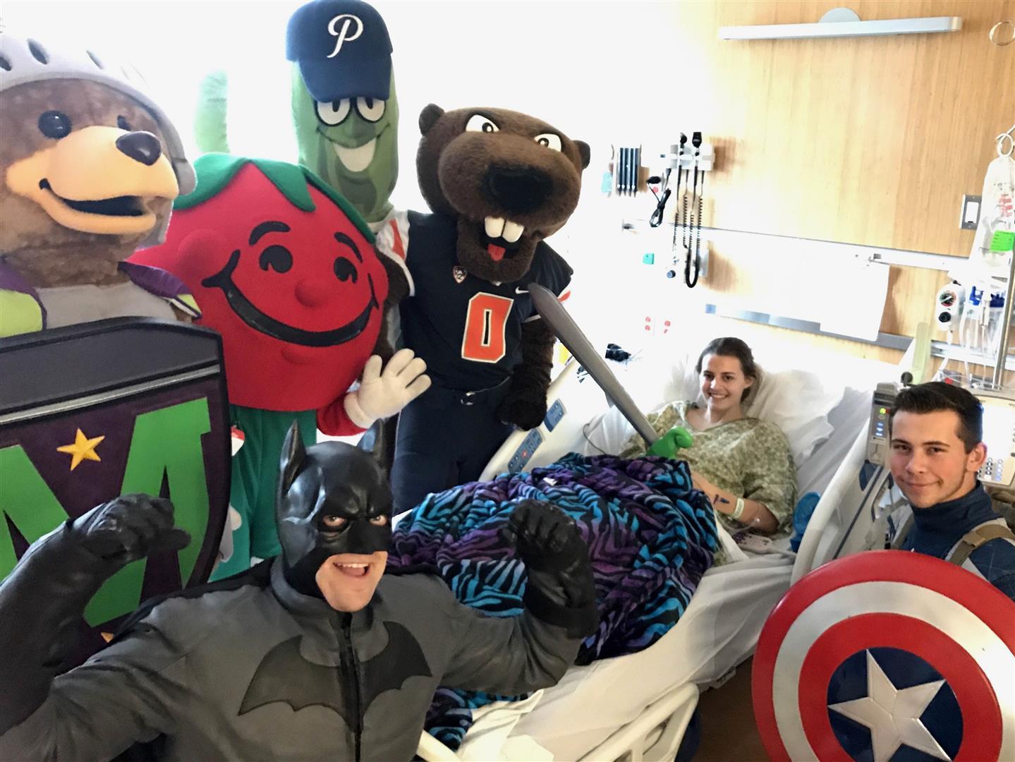 Randall-childrens-hospital-visit-5-large