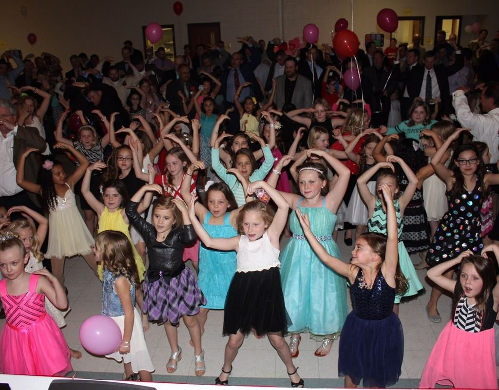 MFAC – Father Daughter Dance – Pic 3